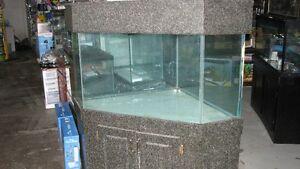 95 gal corner tank Windsor Region Ontario image 1
