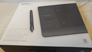 Wacom Intuos5 touch - Excellent Condition