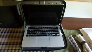 2014 MacBook pro Laptop