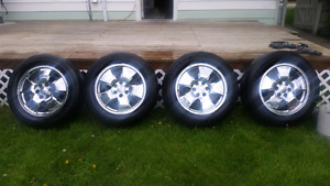 Set of 4 chrome rims 20 inch for sale