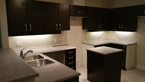 $1385 - The Perfect Place for the Busy Professional!-June 1st