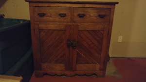 Beautiful dark stained solid oak hutch