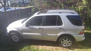 1999 Mercedes ml430.