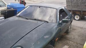 1978 Porsche 928 Coupe (2 door)