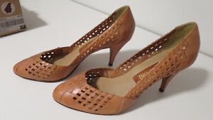 Tan Leather High heel shoes