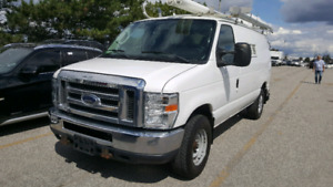 FORD E350 2011 ONLY 83000 KM CUMMINS GENERATOR FITTED