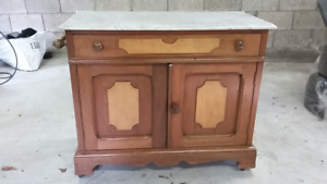 Antique dry washstand