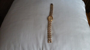 SEIKO QUARTZ LADIES GOLD PLATED WATCH West Island Greater Montréal image 4