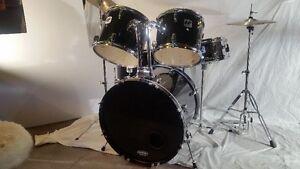 Like new drum set. Black Westbury Complete Kit