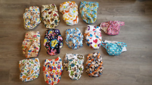 BRAND NEW Cloth Diapers with Bamboo Inserts and Wet Bag