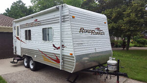 Roadrunner 21' Travel Trailer
