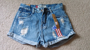 Short jean new with tag size S