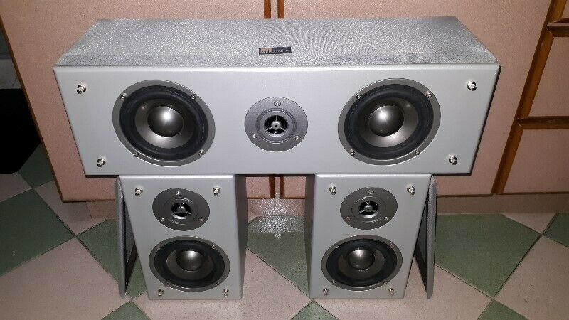 PURE ACOUSTIC CENTRE AND SURROUND SPEAKERS.
