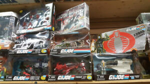 PMARKET GAMES WANTS TO BUY YOUR VINTAGE TOYS & ACTION FIGURES!