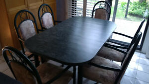 Good Quality 7 Piece Dining Table Set For Sale