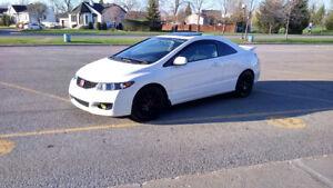 Honda Civic SE coupé 2011 automatique 84 000KM Toit ouvrant