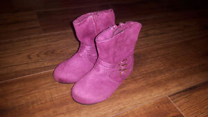 Size 6 Toddler Purple Fashion Boots New $15 Firm