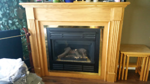Gas fireplace surround mantle