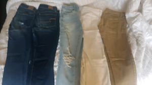 Womens American Eagle (size 2)