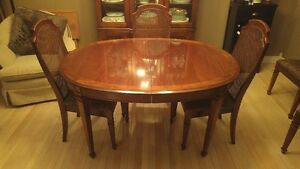 Dining Cherry Wood Table, Matching Hutch and 6 Chairs Windsor Region Ontario image 1