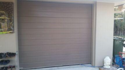 SINGLE GARAGE DOOR WITH ELECTRIC OPENER  Logan Village Logan Area Preview