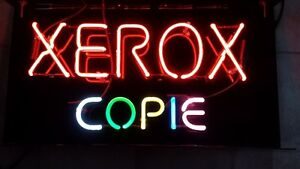 Expensive Xerox Sign - Great Shape/Comme neuf. VERY BRIGHT !!!!!