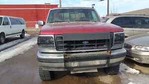 1995 Ford F150.... 4×4...pick up Truck