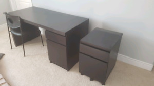 Computer desk with side storage