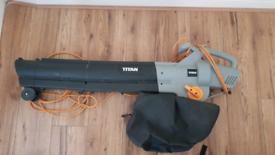 Electric Leaf Blower / Vacuum