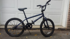 BMX Diamond Back Grind bicycle for sale $200. Almost new.