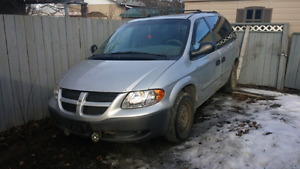 2001 Dodge Caravan Runs Good needs water pump small leak