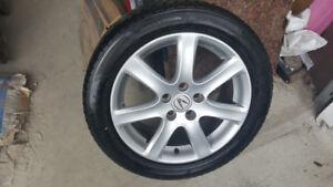 4 MAG ACURA avec pneu d'ete 215 50R 17 bon etat