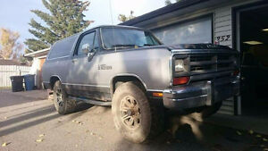 1990 Dodge Other Ramcharger le Pickup Truck