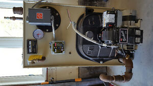 Weil-Mclain GOLD Series oil boiler and hot water tank