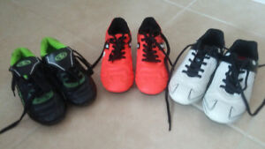 Kids soccer shoes