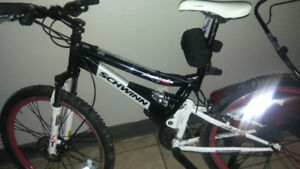 Mint condition 24speed full suspension disc break mountain bike