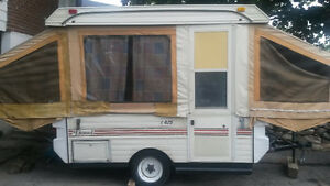Tent trailer, Good condition, 1981 Lionel L425