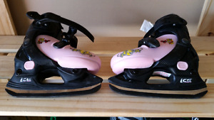 Adjustable girl skates