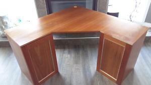 Corner desk oak look with storage shelves