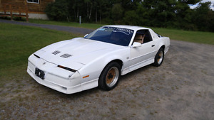 Loaded 1988 Trans am GTA 350 v8 182k safetied and etested