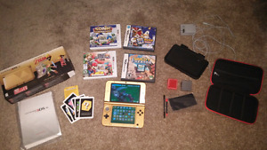Gold Limited Edition 3ds with extras, Comes with Smash Bros!