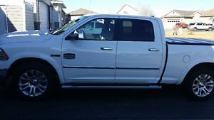 2014 Dodge Long Horn eco-diesel Ram 1500 Pickup Truck