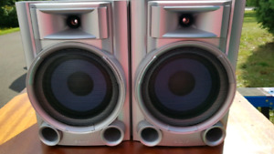 Pair of Sony Speakers for $20 NEED GONE