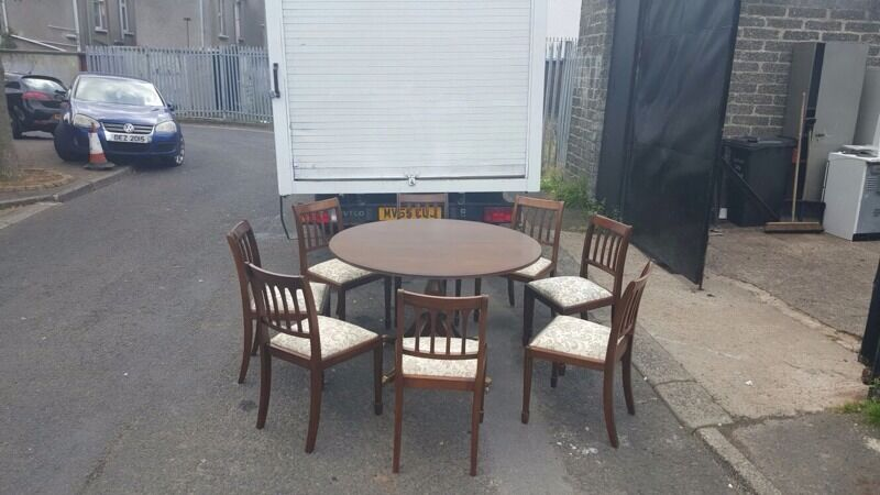 Very nice dark oak dining room table and 8 chairs 163150  : 86 from www.gumtree.com size 800 x 450 jpeg 55kB