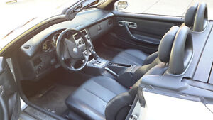 2001 Mercedes-Benz SLK-Class Kompressor 2.3L Coupe (2 door)