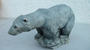 Polar Bear Carvings Large and Small $100 pair. Prince George British Columbia image 3