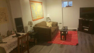 One Bdrm Richmond Hill (Yonge & 16)