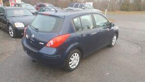 2008 Nissan Versa 4 DOOR HATCHBACK ** SALE PRICED ** CERT $4995 Peterborough Peterborough Area image 6