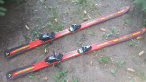 Junior Skiis *great condition*