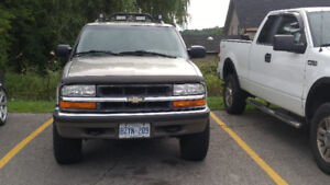 2001 chevy blazer $1800.00 firm